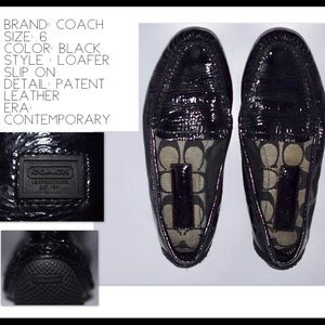 COACH Loafer